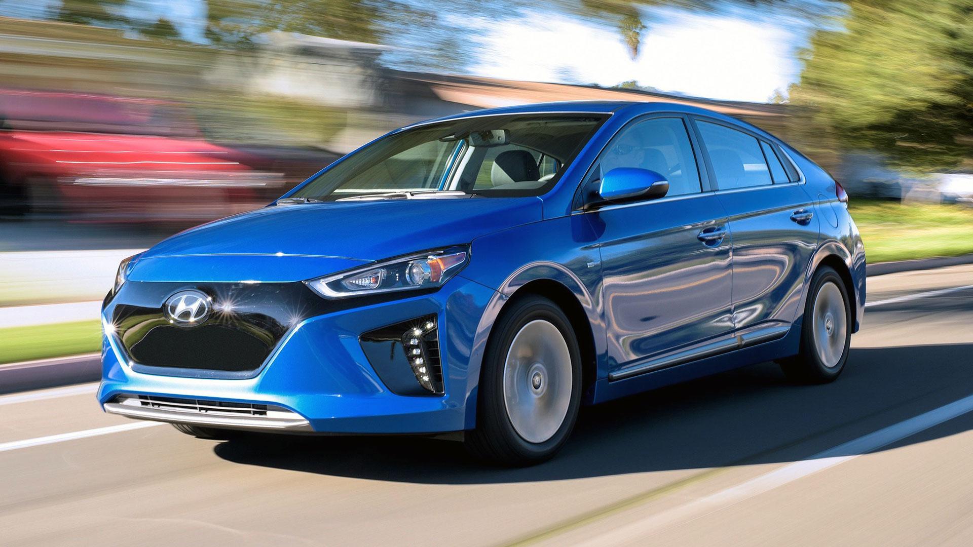 Hyundai IONIQ EV onderweg met 64 kWh accu